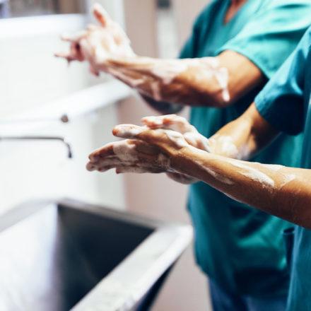 lavarsi le mani correttamente